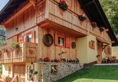 Villa in Podvolovljek, Slovenia