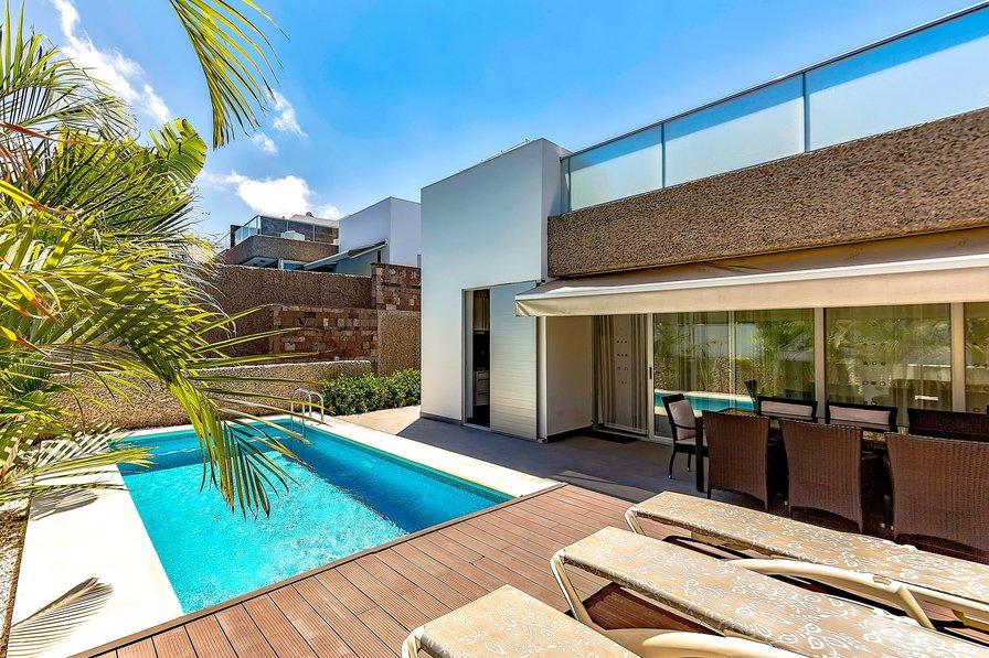 Bed Villas To Rent In Tenerife