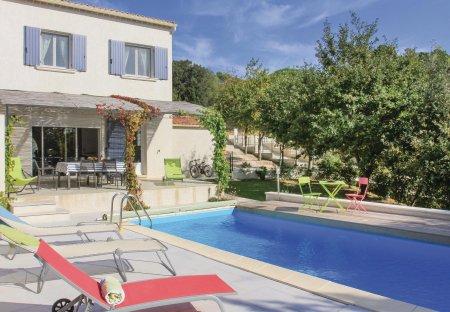Villa in Suze-la-Rousse, France