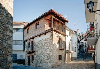 Villa in Casas del Monte, Spain