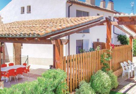 Villa in Santo Tomé de Zabarcos, Spain
