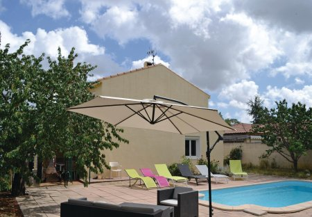 Villa in Bassan, the South of France