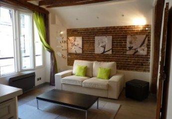 Apartment in Arts et Metiers, Paris