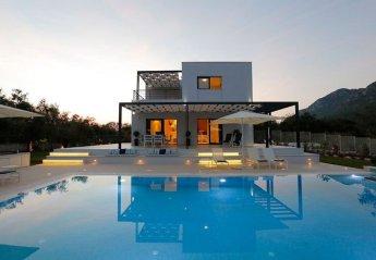 Villa in Chalikounas, Corfu