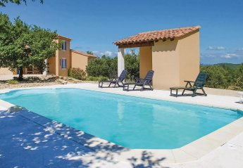 Villa in Entrechaux, the South of France
