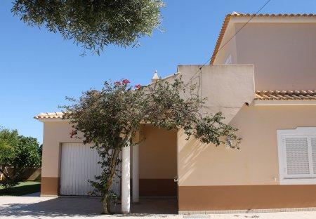 Villa in Quinta do Palmeiral, Algarve