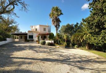 Villa in Quinta da Rocha, Algarve
