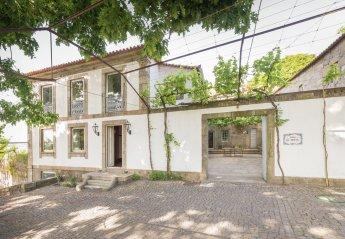 House in São Tomé de Negrelos, Portugal