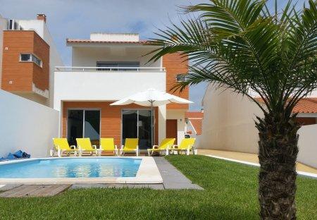 Villa in Venda Nova, Portugal
