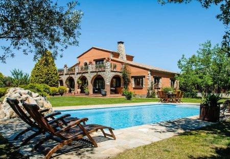 Villa in Urbanització Golf Peralada, Spain