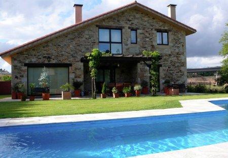 House in Ames, Spain
