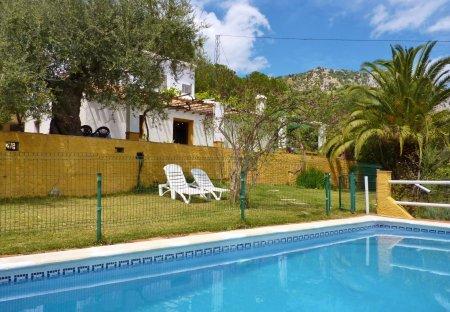 Cottage in Alfarnatejo, Spain
