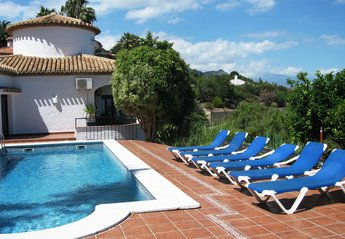 Villa in Monte Almendros, Spain