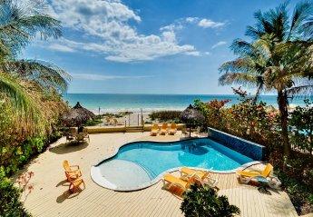 Apartment in Madeira Beach, Florida