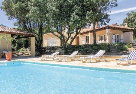 Villa in Réauville, France
