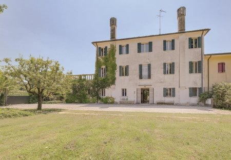 Villa in Santa Cristina, Italy