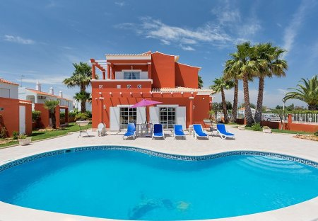 House in Alporchinhos, Algarve