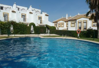 Torremolinos Holiday Home Rental With Swimming Pool