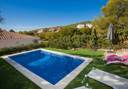 House in Quint Mar, Spain