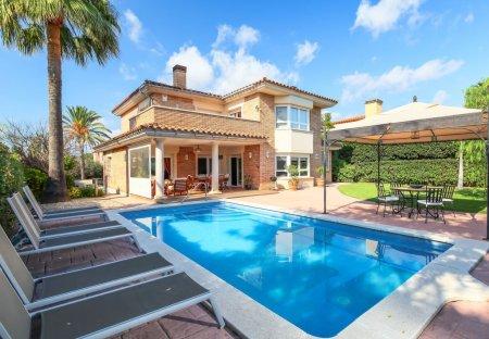 House in Club de Golf Reus Aigüesverds, Spain
