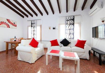 House in Montemar-La Vinya, Spain