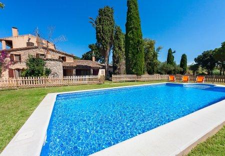 House in Vall-llobrega, Spain