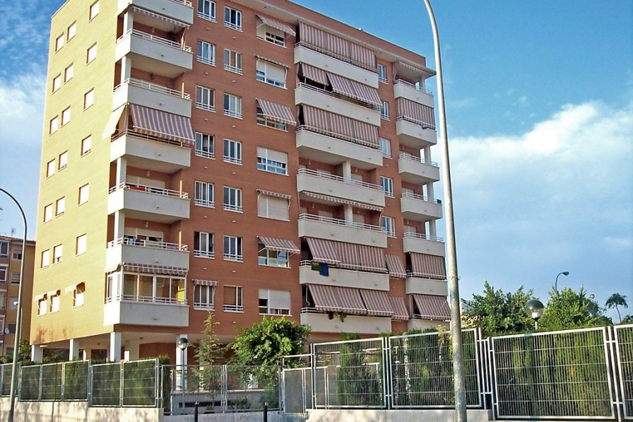 Apartment to rent in Alicante, Spain with swimming pool ...