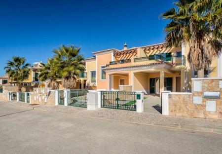 House in Vales do Algoz/Taipas, Algarve