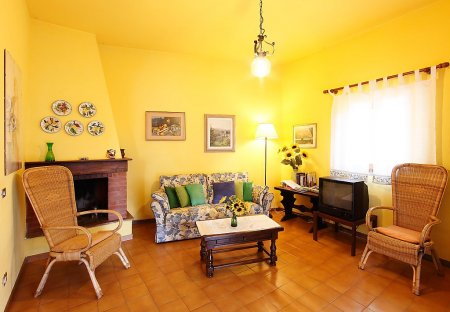 Apartment in Falciani, Italy