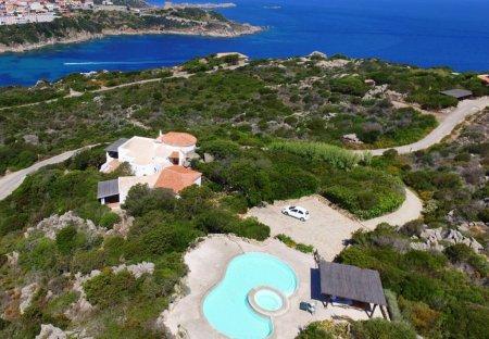 House in Santa Teresa Gallura, Sardinia: DCIM\100MEDIA\DJI_0119.JPG