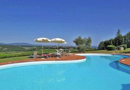 House in Monteriggioni, Italy