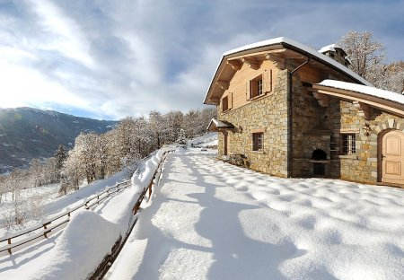 House in Grosotto, Italy