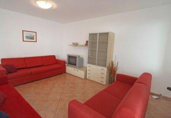 Apartment in Ossuccio, Italy