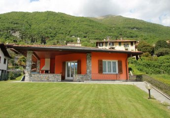 House in Lenno, Italy