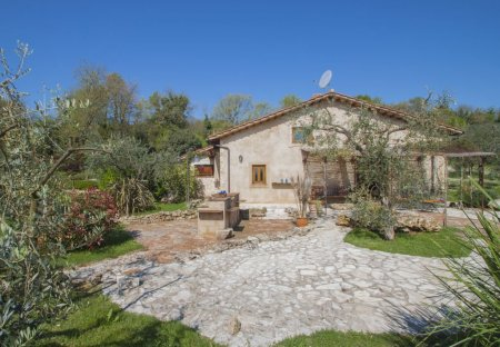House in Penna in Teverina, Italy