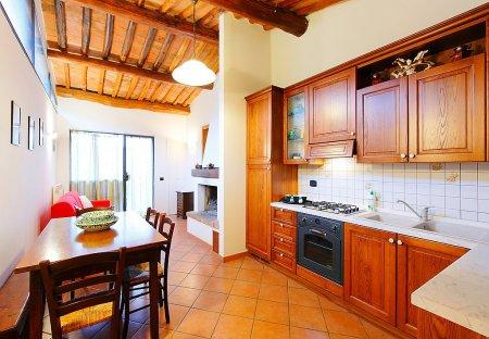 Apartment in Poggibonsi, Italy