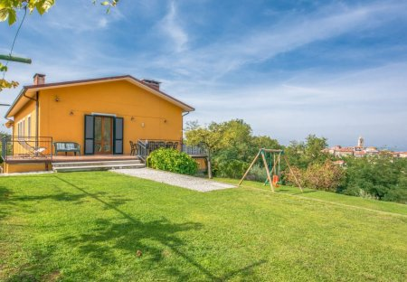 House in Santa Lucia, Italy