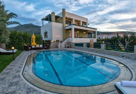 Villa in Roussospiti, Crete