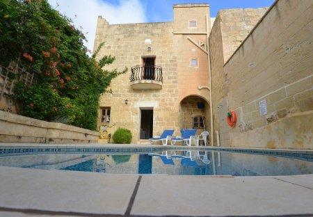 Farm House in Santa Lucija, Malta