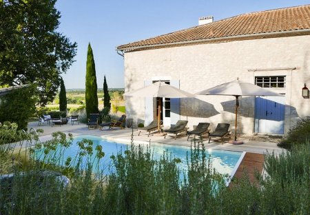 Villa in Loubès-Bernac, France