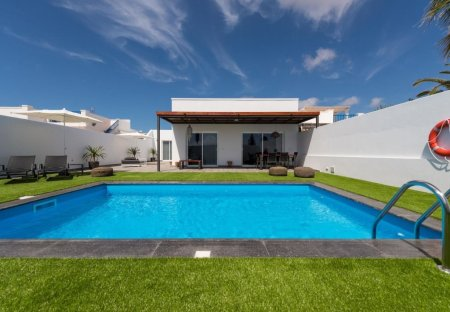 House in Costa de Papagayo, Lanzarote
