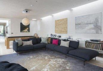 Villa in Addison, London