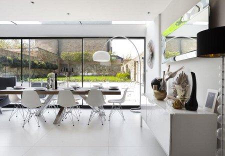 Villa in South Richmond, London