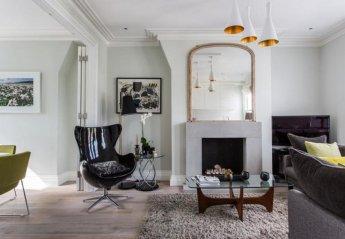 Villa in Thamesfield, London