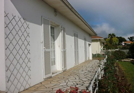 House in Saint-Martin-de-Seignanx, France