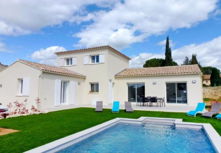 House in Saint-Siffret, the South of France