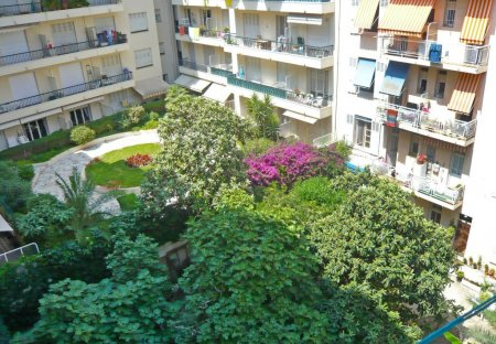 Apartment in Bottero, the South of France