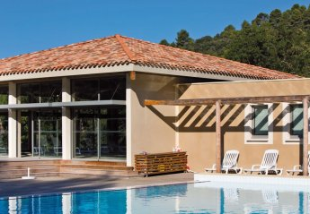 Apartment in Gréoux-les-Bains, the South of France