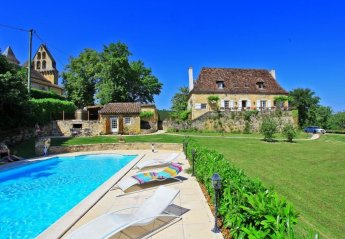 House in Nadaillac-de-Rouge, the South of France