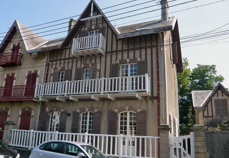 House in Courseulles-sur-Mer, France